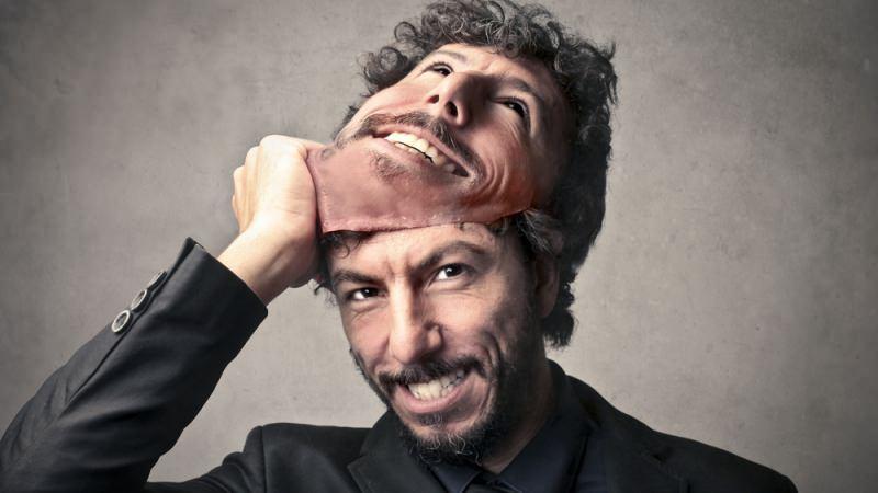 Як розпізнати брехню по міміці і жестам?
