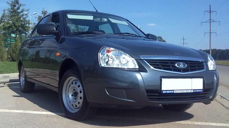 Автомобіль Пріора (седан): опис, фото