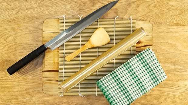 Як приготувати суші вдома? Рецепт, поради