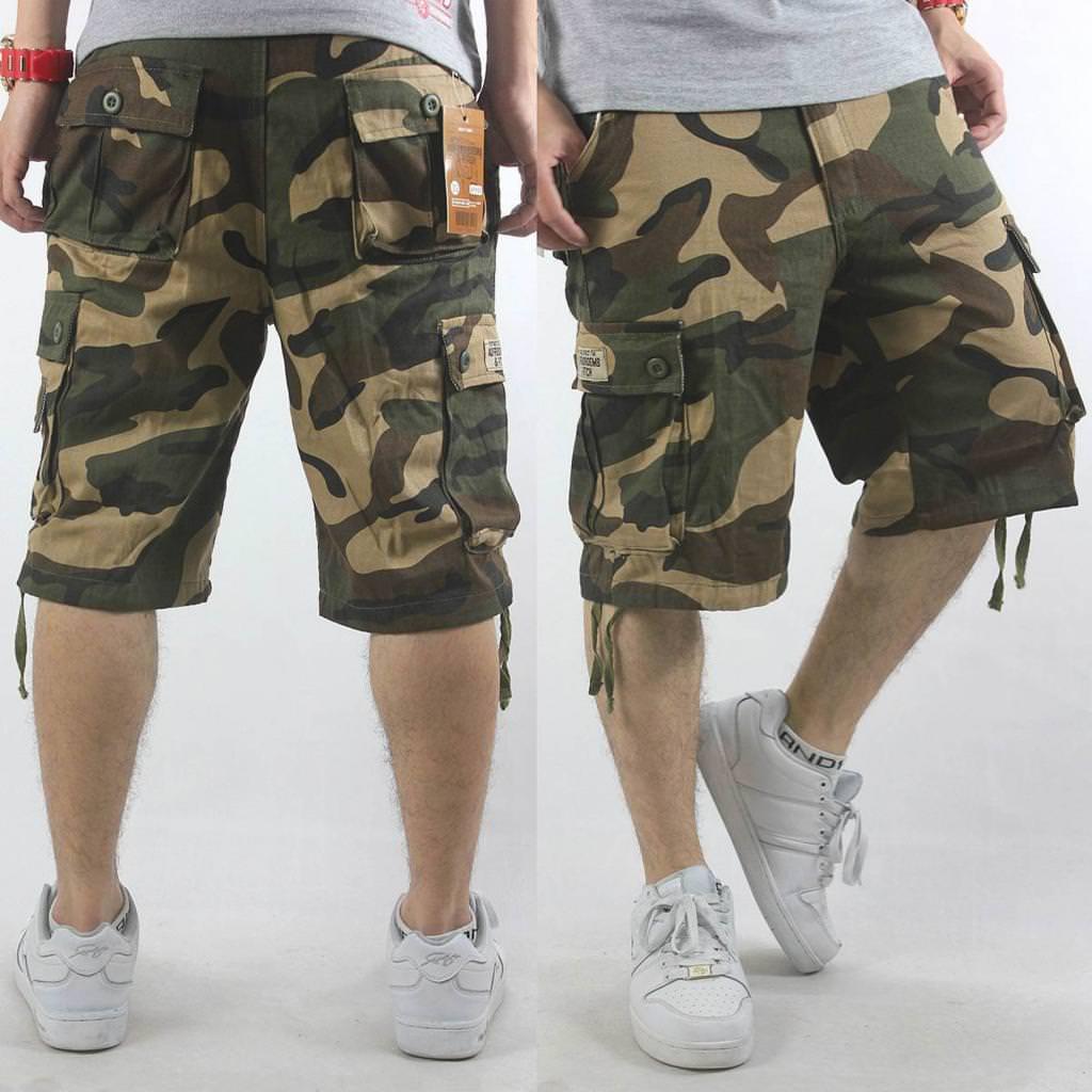Підходять для зустрічей з друзями та літніх прогулянок. Чоловічі джинсові  бриджі завоювали покупців своєю універсальністю. Дизайнери ж ввели в моду  короткі ... ae818234be714
