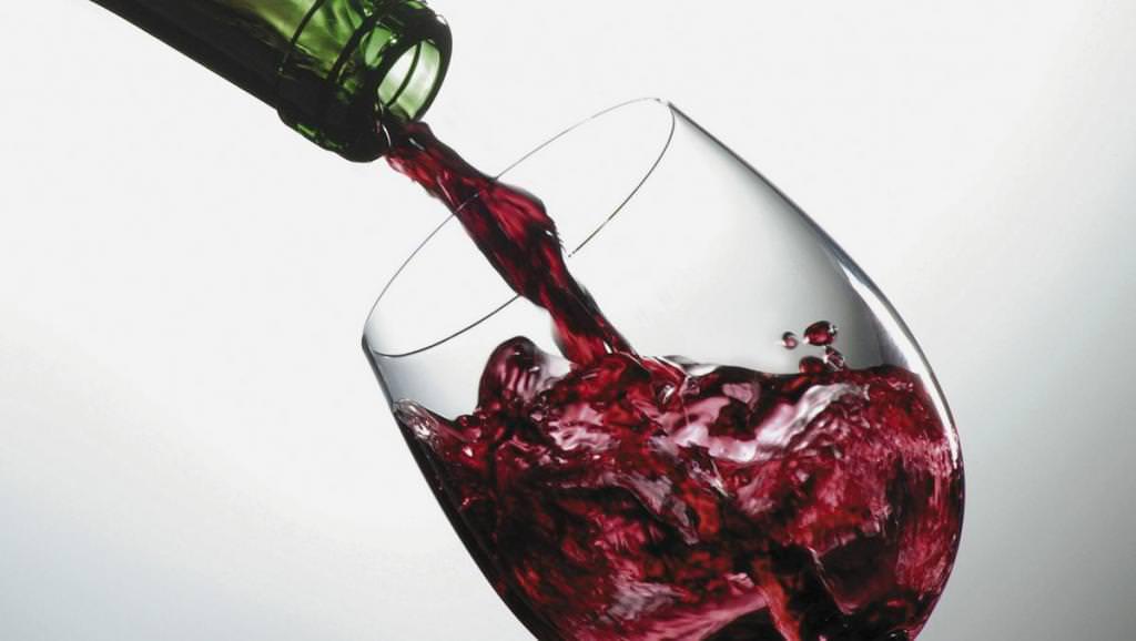 Якщо чоловік пє, що робити дружині: поради психолога