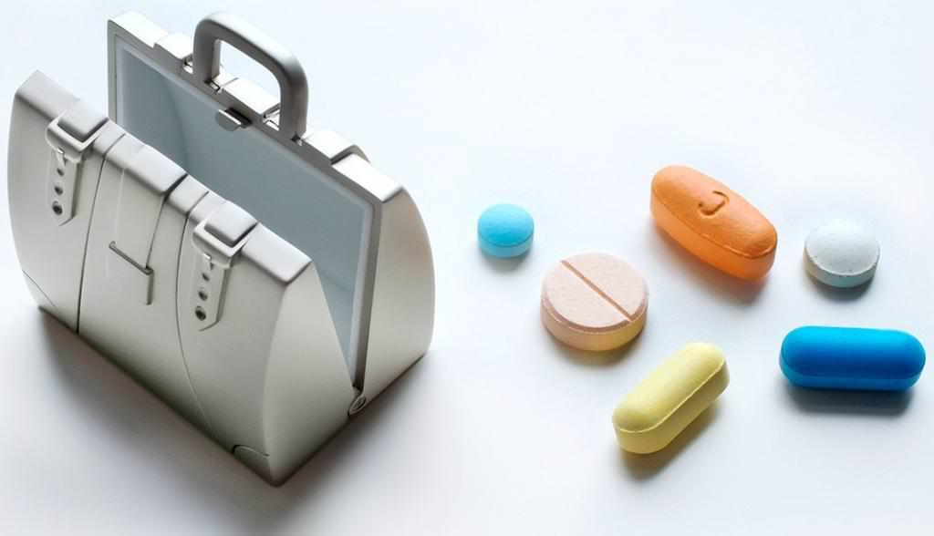 Які ліки взяти у відпустку за кордон?