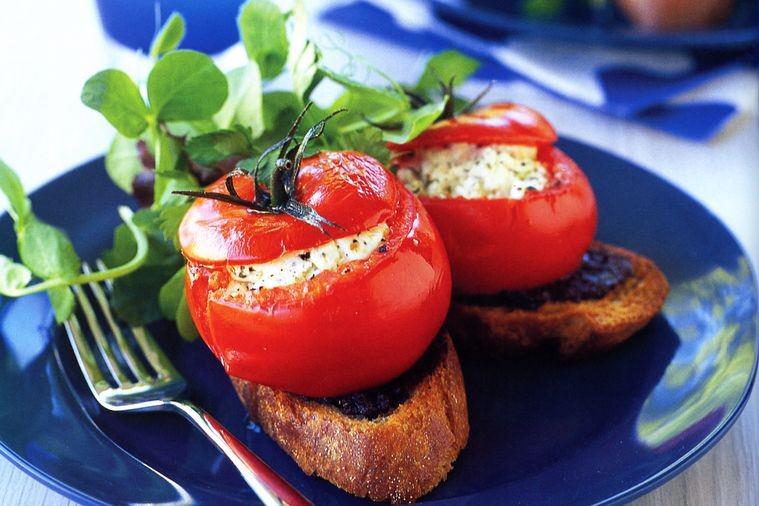 Фаршировані помідори: найкращі рецепти з фото