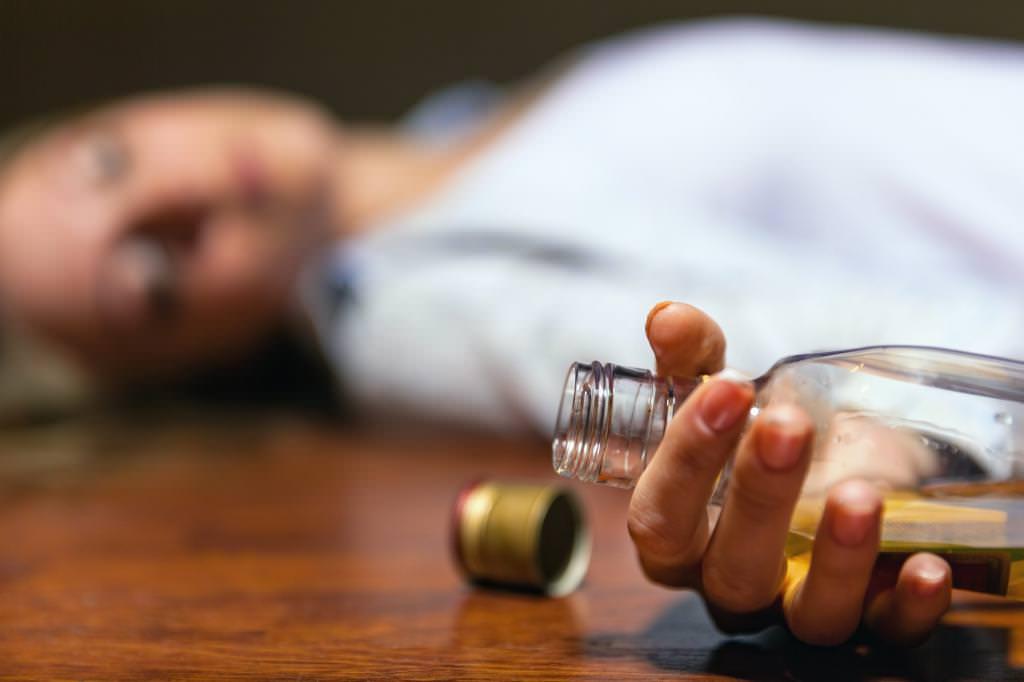 Як позбавитися від алкогольної залежності самостійно?