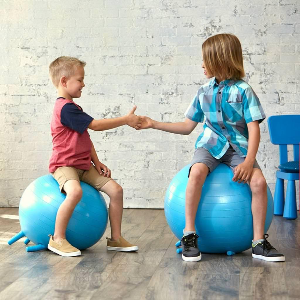 Прості вправи з фітболом в домашніх умовах