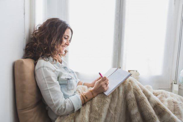 Як написати красиве любовний лист чоловікові: поради, приклади