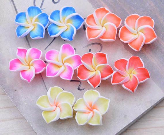 Квіти з полімерної глини: майстер-клас для початківців